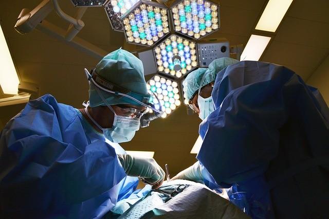 Hur bota den sjuka vården? - Privatisering i tre steg 1