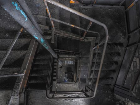 Lost Places Factory Staircase - MichaelGaida / Pixabay