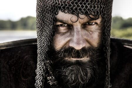 Warrior Armor Knight Soldier  - valerioerrani / Pixabay